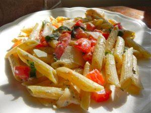 Tomato, Basil & Cheese Pasta